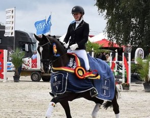 Flore de Winne and San Lora win the 4-year old division at the 2018 Belgian Young Horse Championships