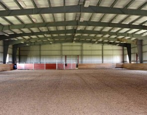 Indoor arena at Stalmare Farm