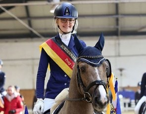 Alegra Schmitz-Morkramer and Loreley win the 2018 German Developing Pony Rider Championship :: Photo © Tina Pantel