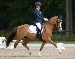 Jitske Prosman and Charina du Bois at the 2014 CDI Kapellen :: Photo © Astrid Appels