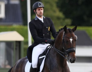 Thibault Vandenberghe and Santiago Song at the 2019 CDI Waregem :: Photo © Astrid Appels