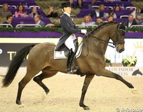 Senta Kirchhoff and L'Arbuste win the Louisdor Cup Finals in Frankfurt :: Photo © LL-foto