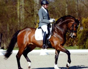 Prinzessin (by Furst Piccolo x Royal Diamond)
