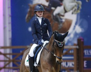 Amber Schelstraete and Burberry at the 2020 CDI Lier :: Photo © Astrid Appels