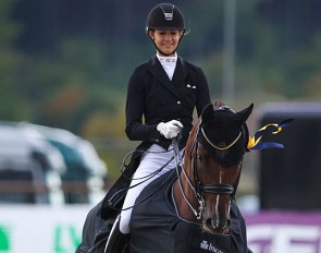 Berill Szoke Toth and Qatar win the Inter II at the 2020 CDI Hagen on 25 September :: Photo © Astrid Appels