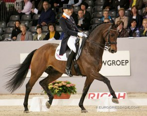 Christa Larmoyeur and Ovation at the 2010 CDI 's Hertogenbosch :: Photo © Astrid Appels