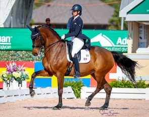 Yvonne Losos de Muniz and Aquamarijn at the 2021 CDI Wellington :: Photo © Sue Stickle