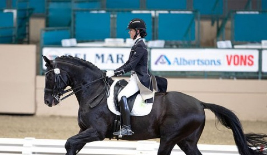 Katherine Mathews and Solière at the 2019 CDI-W Del Mar :: Photo © Terri Miller