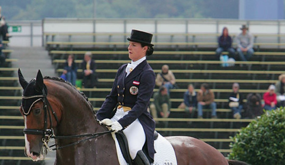 Nina Stadlinger and Egalité at the 2006 World Equestrian Games in Aachen :: Photo © Astrid Appels