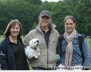 Geoff Osol, Thomas Bach Jensen with Lola, and Astrid Appels at the 2004 Oldenburg Elite Mare Show in Rastede