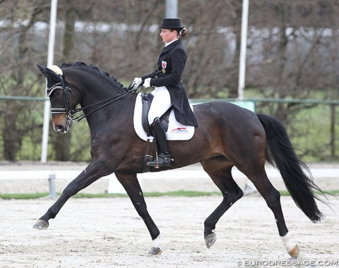 Verena Waehnert-Heinz on Status Royal OLD