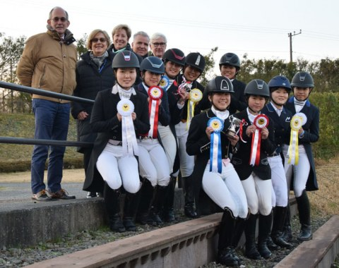 The judges with the junior and young riders at the 2018 CDI Gotemba