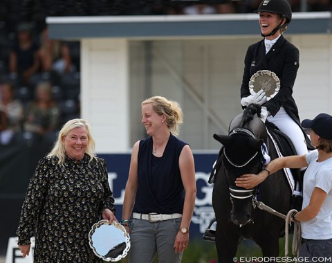 Owner Lone Boegh Henriksen, breeder Christine Arns-Krogmann and Isabel Bache-Freese on Total Hope