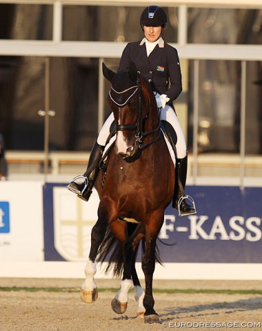 South African Nicole Smith and the 13-year old KWPN mare Chi la Rou (by Florett As x Pablo).