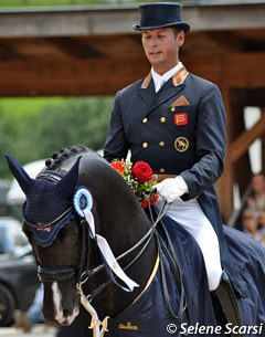 Carl Hester and Uthopia win the Grand Prix Special at the 2011 CDI Fritzens