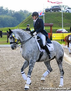 Austrian based British rider Julia Coppard-Dornig on Santino