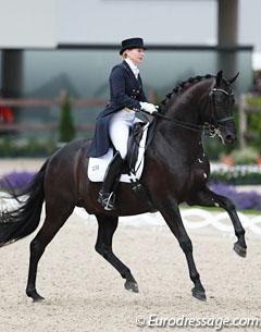Nadine Capellmann is back with a new horse, Forpost, an 8-year old Ukrainian bred gelding by Obrazets x Khiton