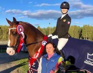Nora Ekrem and Joshua win the 4-year old division at the 2018 Norwegian Young Horse Championships :: Photo © Private