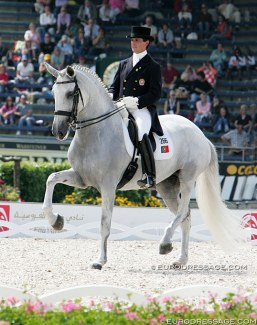 Miguel Ralao Duarte and Oxalis de Meia Lua at the 2006 World Equestrian Games :: Photo © Astrid Appels