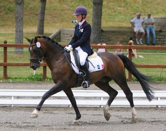 Pauline Leclerq and Kooihuster Teake at the 2005 European Pony Championships in Saumur :: Photo courtesy Haras de Cordemais