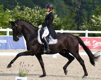 Isabel Freese and Fürsten-Look at the 2020 CDN Essen-Herbergen :: Photo © LL-foto