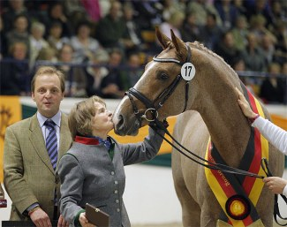 From generation to generation: the love for the Trakehner horse - 2012 Trakehner Licensing champion Donauwind with his breeder Veronika von Schöning :: Photo © Stefan Lafrentz