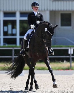 Paulina Holzknecht and Fürstenliebe W at the 2020 CDN Langenfeld :: Photo © Mirka Nilkens