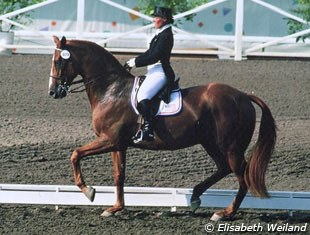 A Thoroughbred at the highest level of dressage sport: Hilda Gurney on Keen xx at the 1984 Olympic Games :: Photo © Elisabeth Weiland