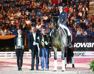 Famoso OLD won the 2019 Otto Lörke Prize at the CDI-W Stuttgart last year :: Photo © LL-foto